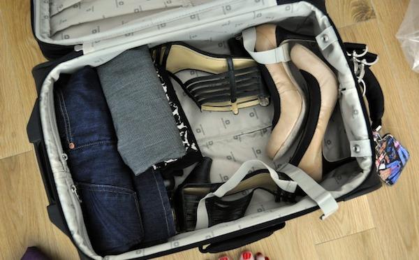Полезные советы: как уместить все вещи в чемодане перед поездкой?